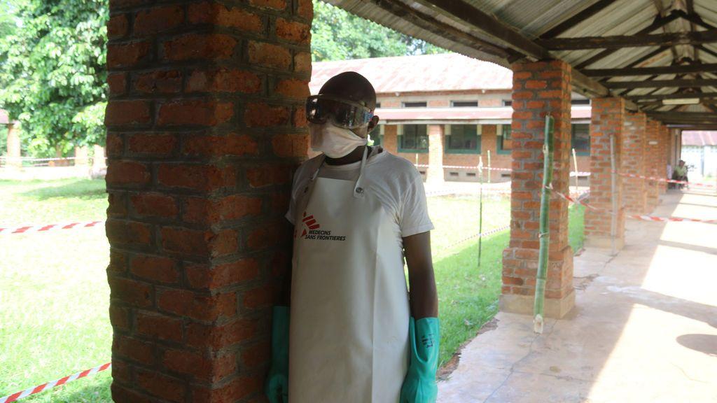"""El brote de ébola en el Congo alcanza una """"nueva fase"""" llegando a un núcleo urbano"""