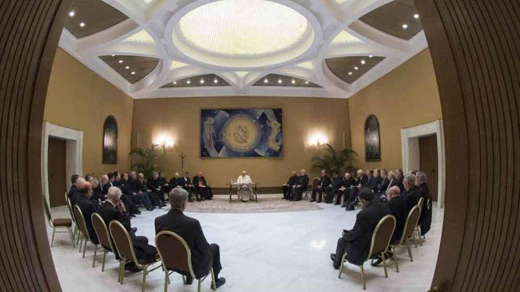 Los obispos chilenos dimiten por los escándalos de abusos sexuales