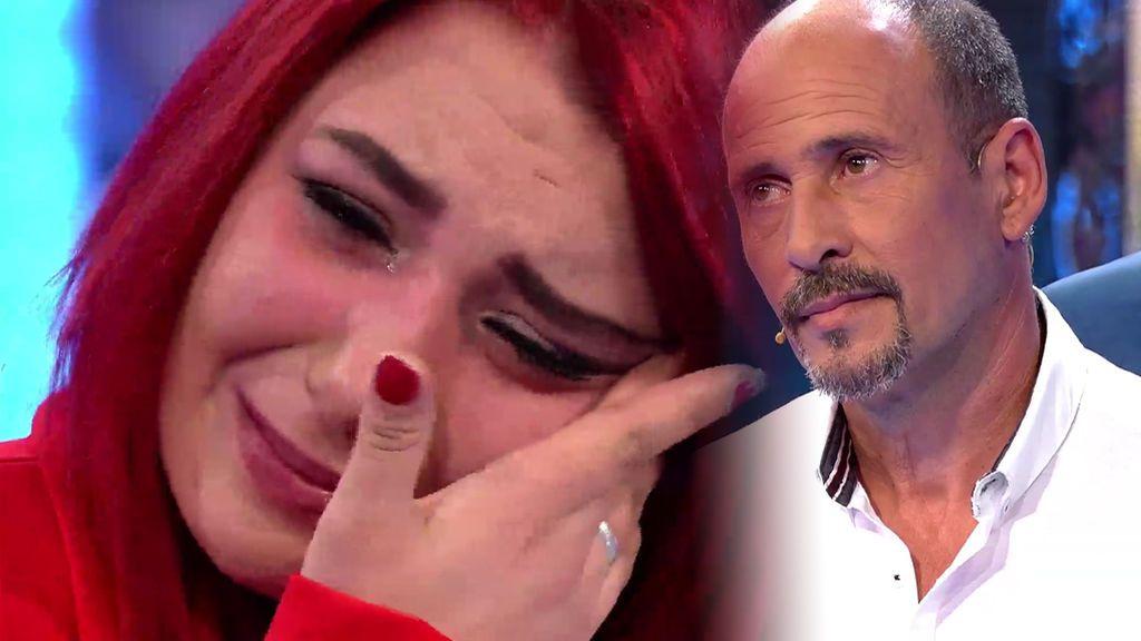 """Sheila llora sin parar al ver por primera vez a su padre: """"No nos dejaron conocernos"""""""