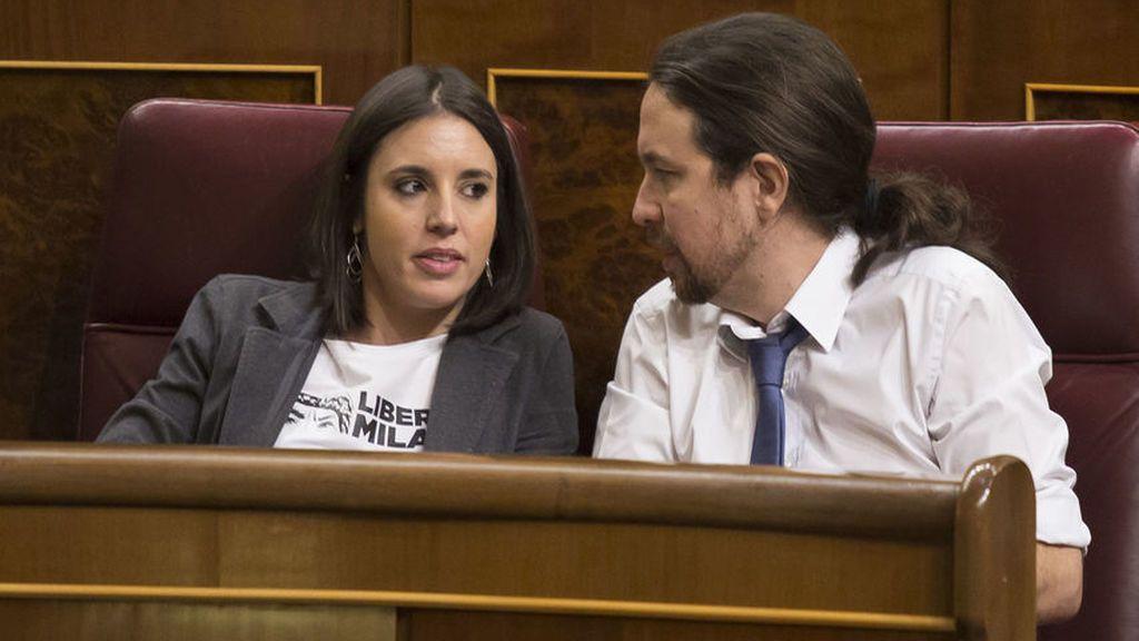 """Críticas desde la izquierda a Iglesias y Montero por comprarse un chalet: """"Parece que han elegido el espejo de los Aznar-Botella"""""""