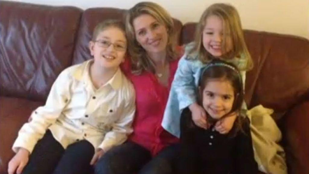 Deportan a una mujer,  madre de tres hijas después de 18 años de residencia en EEUU