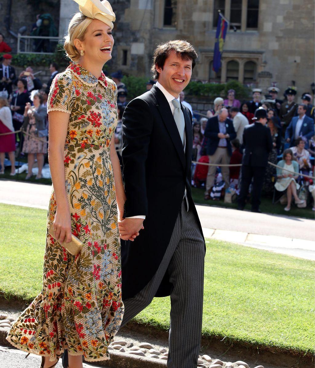 El cantante James Blunt junto a su mujer, Sofia Wellesley