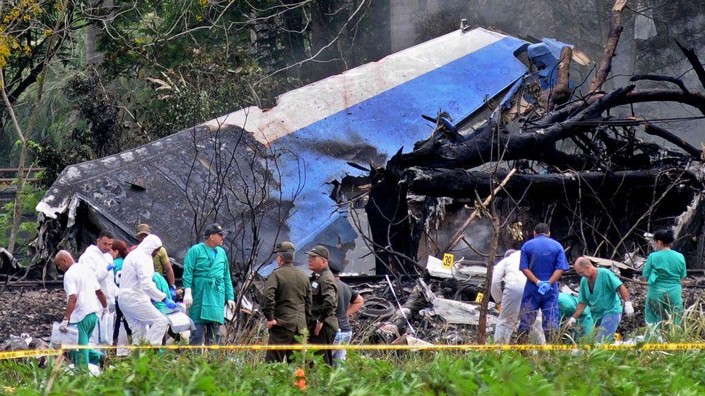 Tres supervivientes en el avión siniestrado en Cuba con más de cien ocupantes