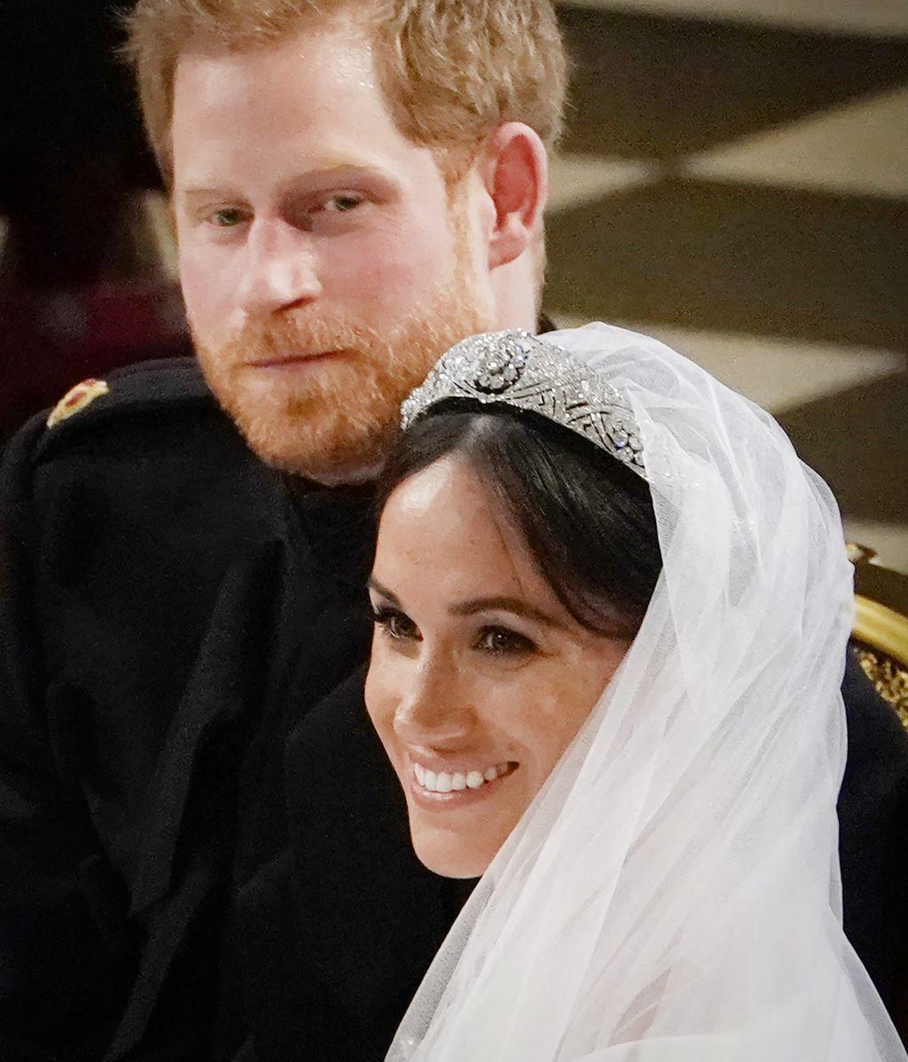 La novia apostó por un maquillaje natural y un recogido en moño