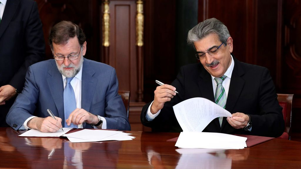 """Rajoy firma con NC su respaldo a unos Presupuestos """"buenos para España"""" porque generan """"confianza"""" fuera"""