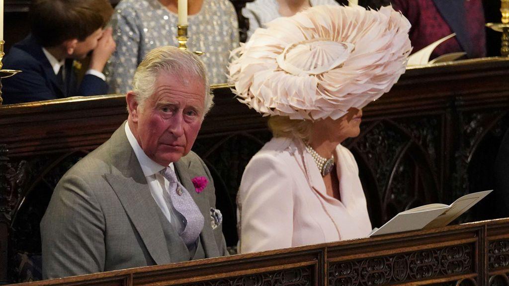 El príncipe Carlos y la duquesa de Cornualles