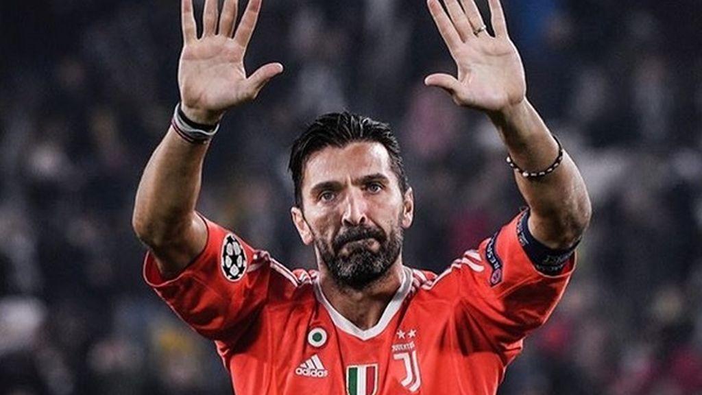 """La emotiva de carta de Buffon a los aficionados en su despedida: """"La Juventus es mi familia y nunca dejaré de amarla"""""""