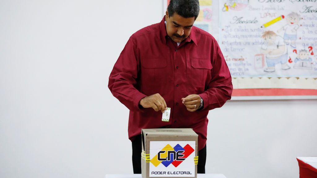 """Nicolás Maduro vota """"por la paz"""" en las elecciones presidenciales de Venezuela"""