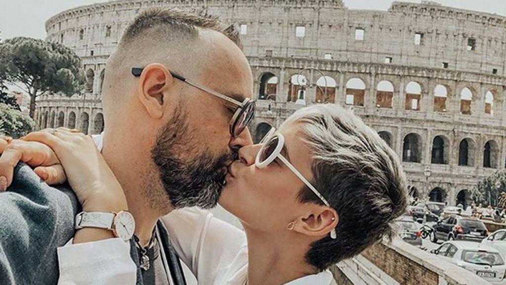 """Risto  vuelve a dar el """"sí, quiero"""" a Laura Escanes en su aniversario de boda"""