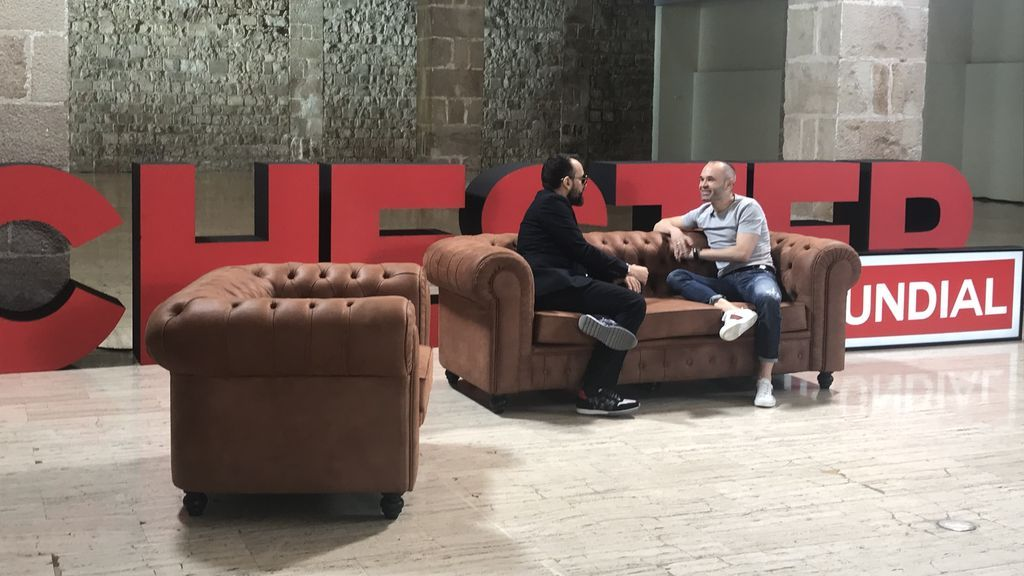 Así se grabó el 'Chester' a Andrés Iniesta: el making of del sueño cumplido de Risto Mejide