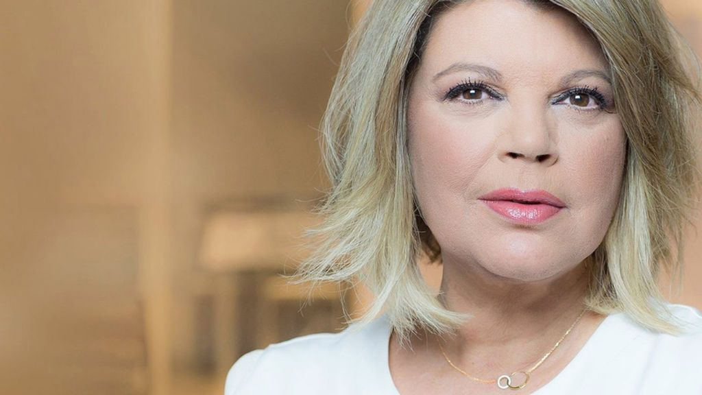 Terelu Campos se estrena como diseñadora: La colaboradora presenta su línea de joyas
