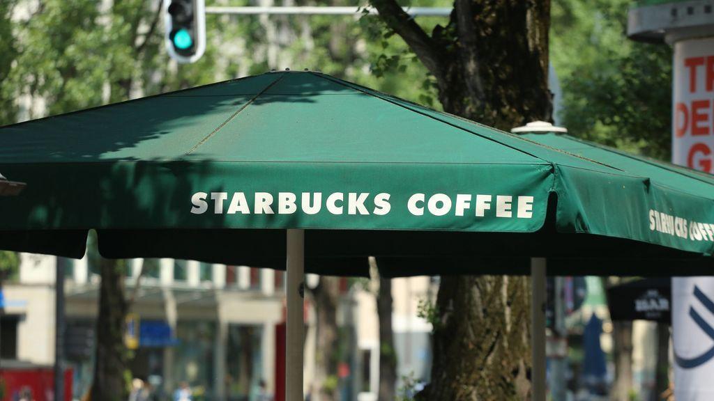Starbucks cambia su política y ya no necesitas comprar nada para estar en sus locales