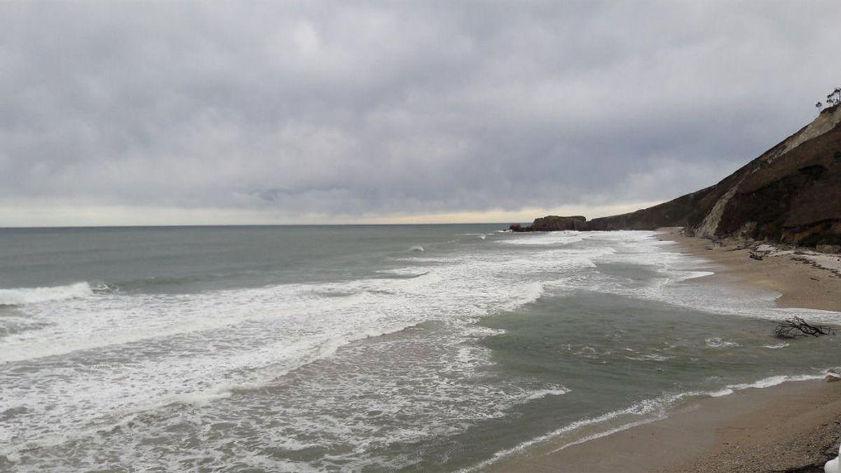 Hallado el cuerpo sin vida de un hombre en una playa de Llanes