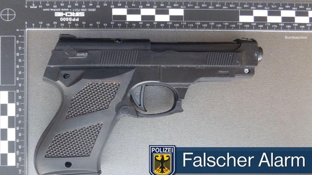 abuela pistola juguete tren alemania