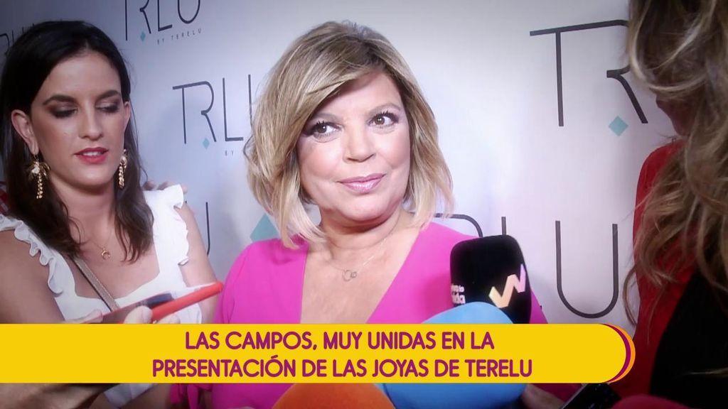 Terelu Campos presenta su firma de joyas rodeada de familia y amigos