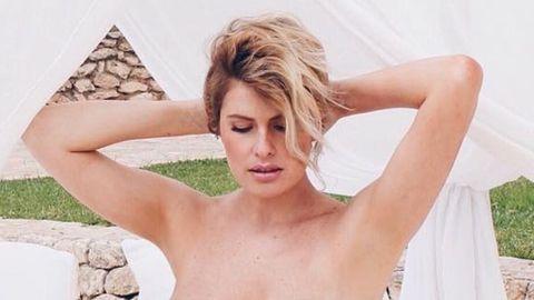 Adriana Abenia Posa Desnuda En Su Octavo Mes De Embarazo Amanece