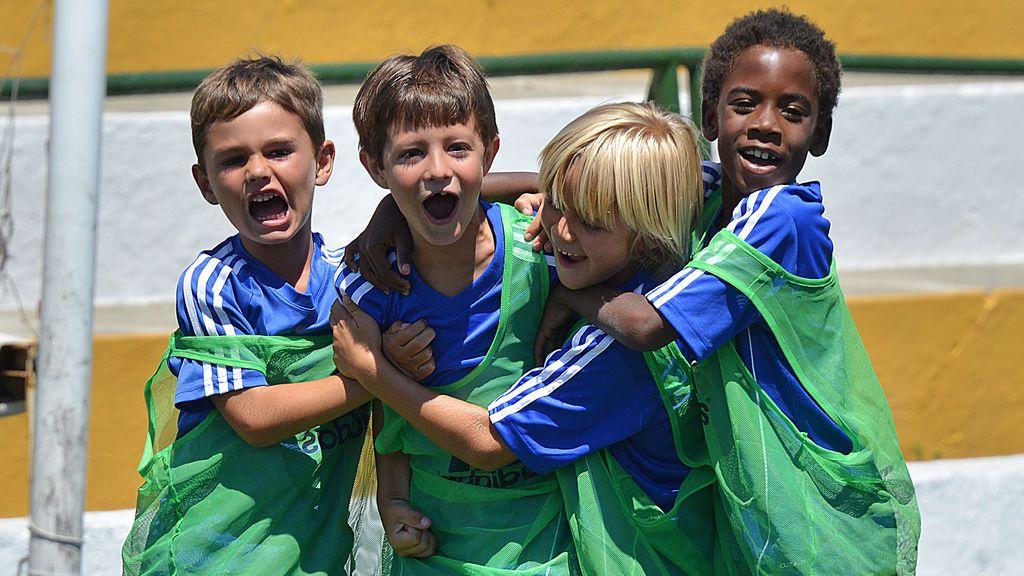 Los mejores campus de fútbol para niños que se celebran en España este verano