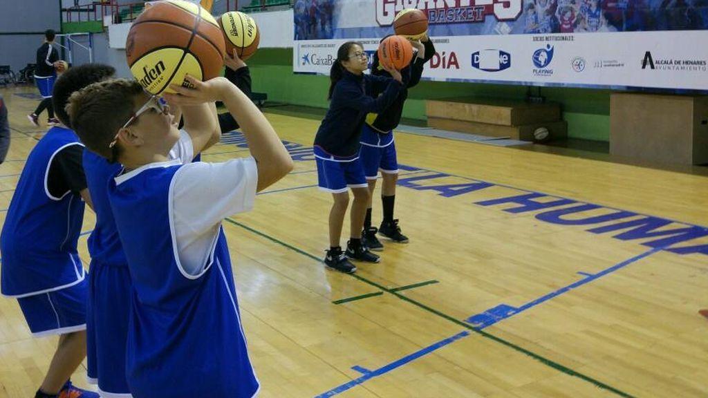 Los mejores campus de baloncesto para niños que se celebran en España este verano