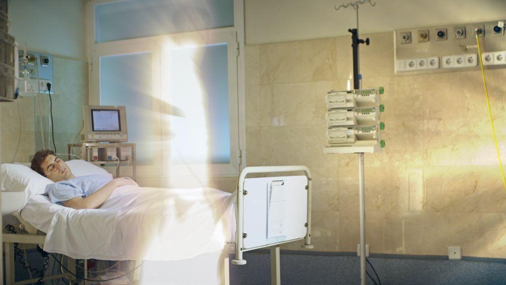 """Dos enfermeras relatan sus inexplicables experiencias: """"El paciente estaba muerto, pero vio lo que sucedía en la habitación"""""""