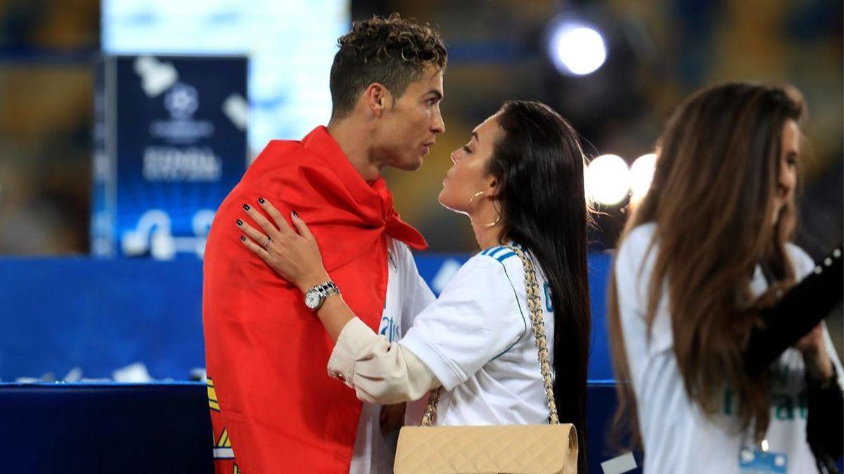 Cristiano, arropado por Georgina y su familia tras su 'despedida' del Real Madrid