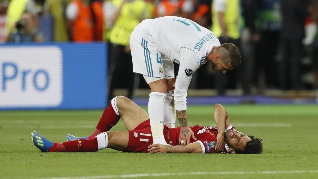 Las lágrimas de Salah tras lesionarse en la final de Champions frente al Real Madrid