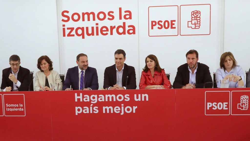 PSOE no negociará los apoyos a la moción y avisa a Cs que puede haber elecciones pronto