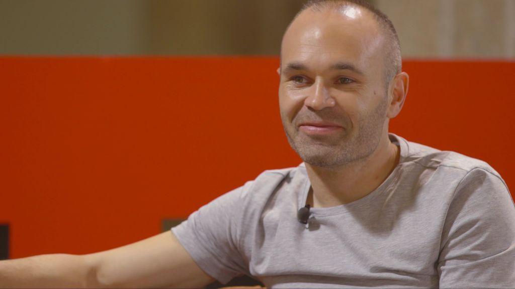 Iniesta hace balance y se confiesa con Risto: Barsa, la Roja, familia y el peor momento de su vida