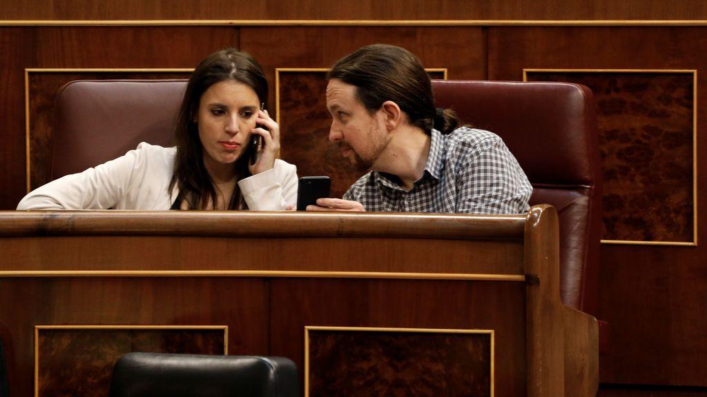 Iglesias y Montero superan la crisis pero pierden mucho apoyo