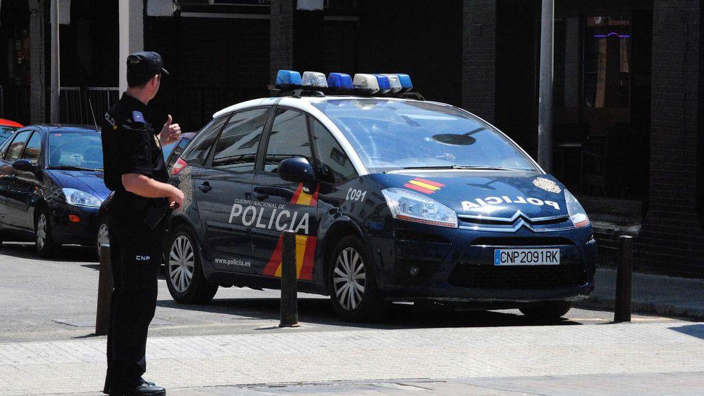 Detenidos cuatro menores por distribuir pornografía infantil en un chat en Madrid