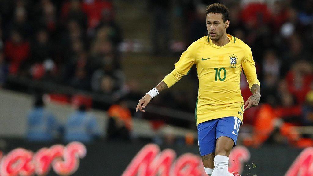 Neymar cobrará un millón de euros de prima si consigue convertir a Brasil campeona del Mundo