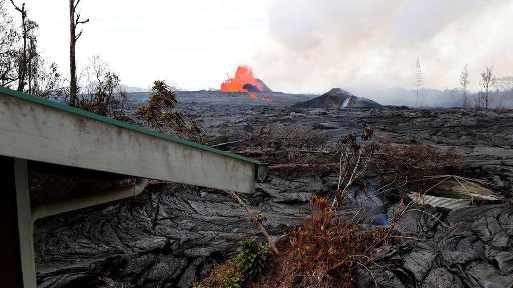 El volcán hawaiano Kilauea sigue en erupción