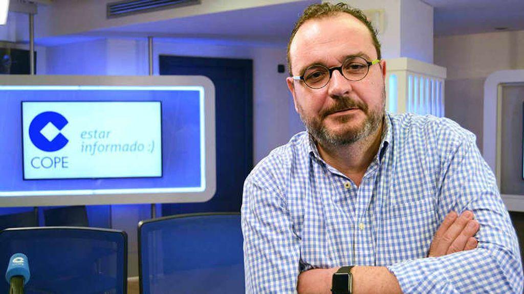Juan Pablo Colmenarejo ha dirigido, hasta el momento, 'La linterna', de la cadena COPE.