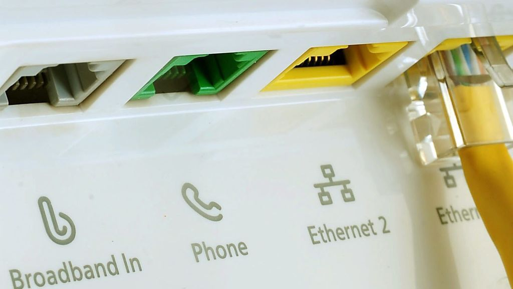 El FBI alerta: un malware anda suelto, reinicia tu router