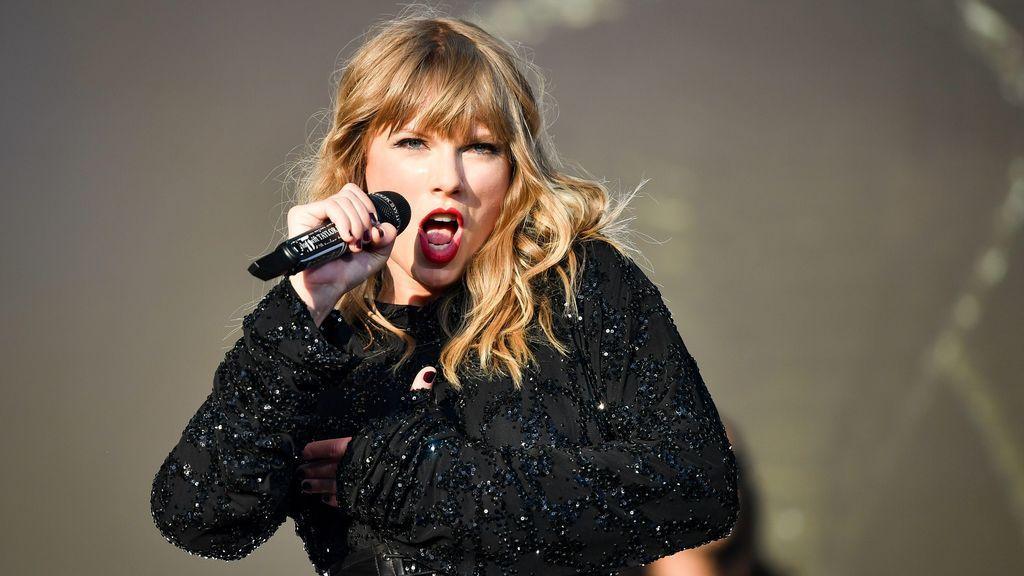 """Los seguidores de Taylor Swift, indignados con el consejo de """"que se duche"""""""