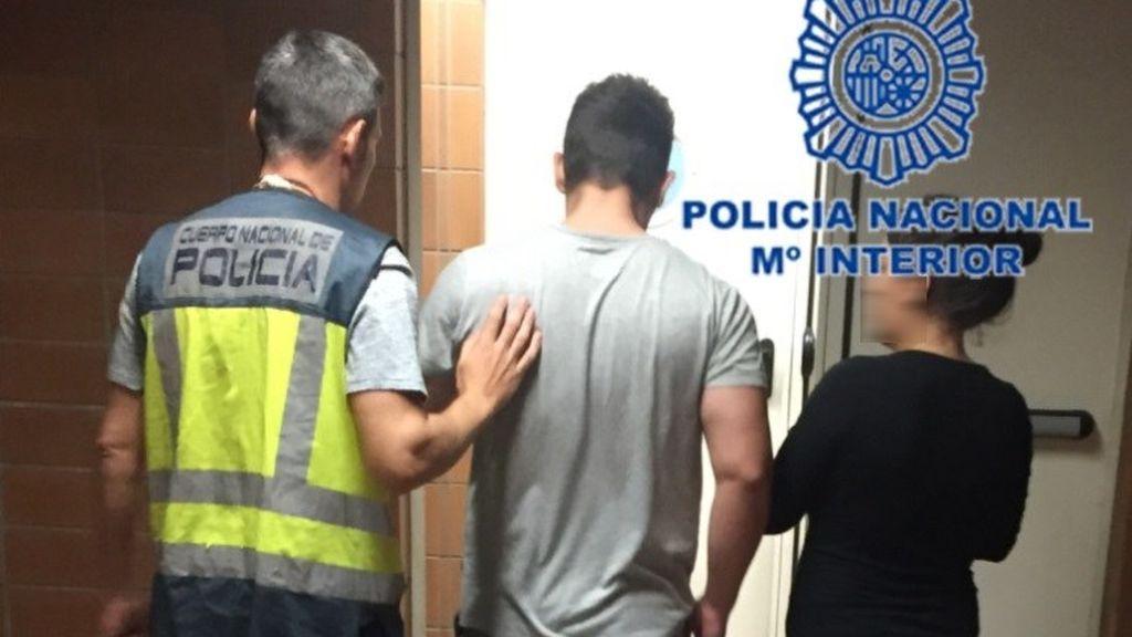 Detenidos por asaltar una casa y extorsionar a la dueña por no pagar una deuda