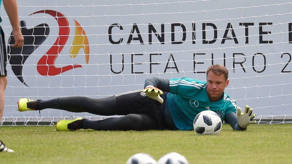 Neuer volverá a jugar contra Austria tras ocho meses fuera por lesión