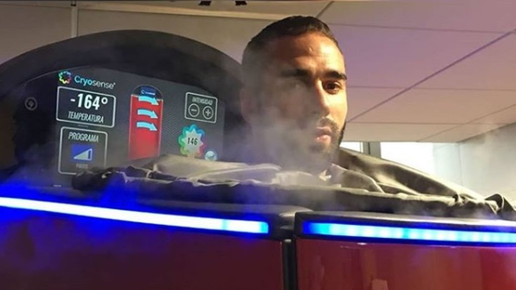 Dani Carvajal comienza su recuperación en una cabina de criosauna a -188 grados
