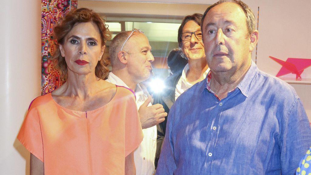 La cita (con beso incluido) de Ágatha Ruiz de la Prada con El Chatarrero