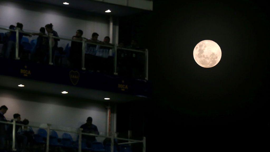 Luna llena en La Bombonera