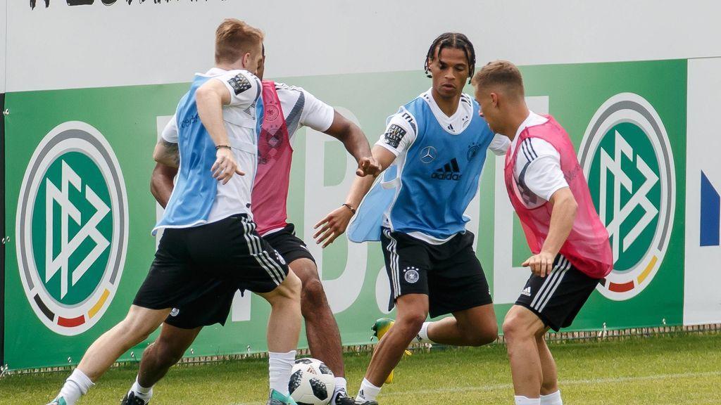 Joshua Kimmich y Antonio Rüdiger, separados en el último entrenamiento de Alemania tras encararse