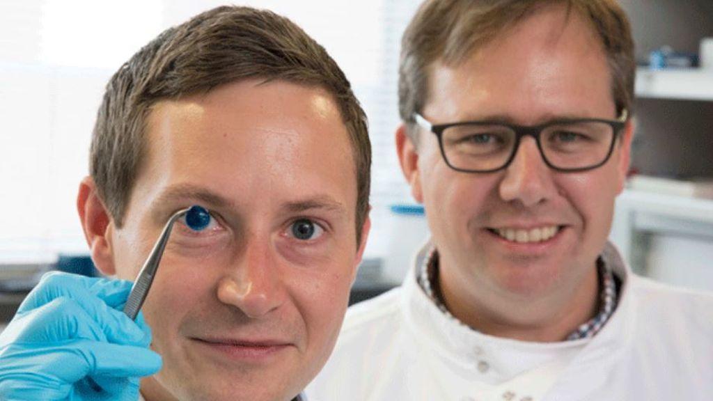 """Científicos imprimen en 3D la primera córnea """"en menos de 10 minutos"""""""