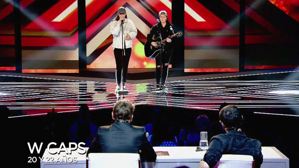 Wcaps, que perdieron en esta fase en 'Factor X Italia', cantan 'Issues' y pasan a los directos