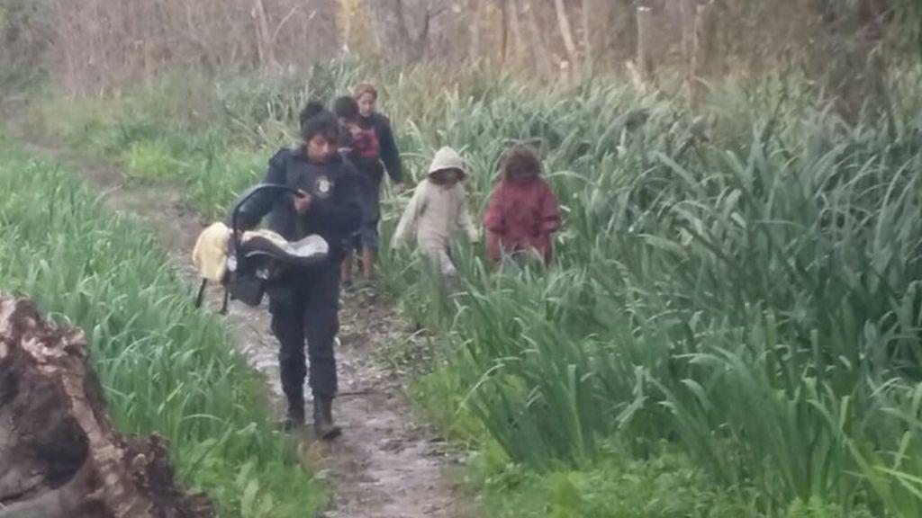 Rescatan a cinco hermanos menores que habían sido abandonados por su madre en una selva