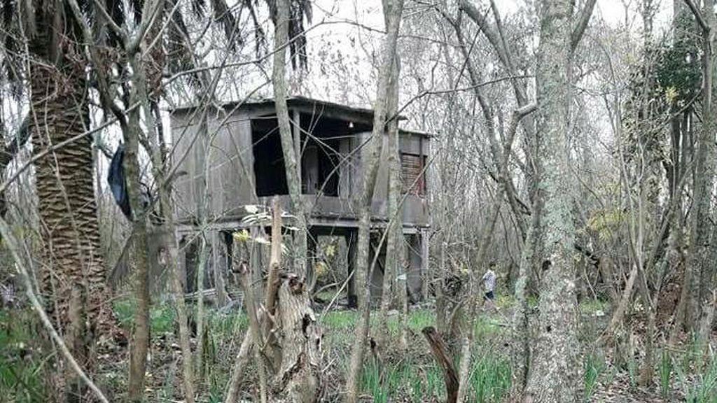 """El padre de los cinco hermanos abandonados por su madre en una selva: """"Mis hijos me necesitan"""""""