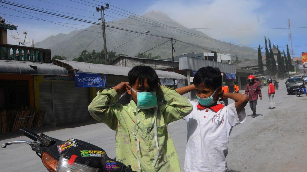 El Monte Merapi entra en erupción