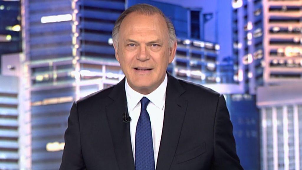 Pedro Piqueras conduce el informativo de Telecinco de las 21.00.
