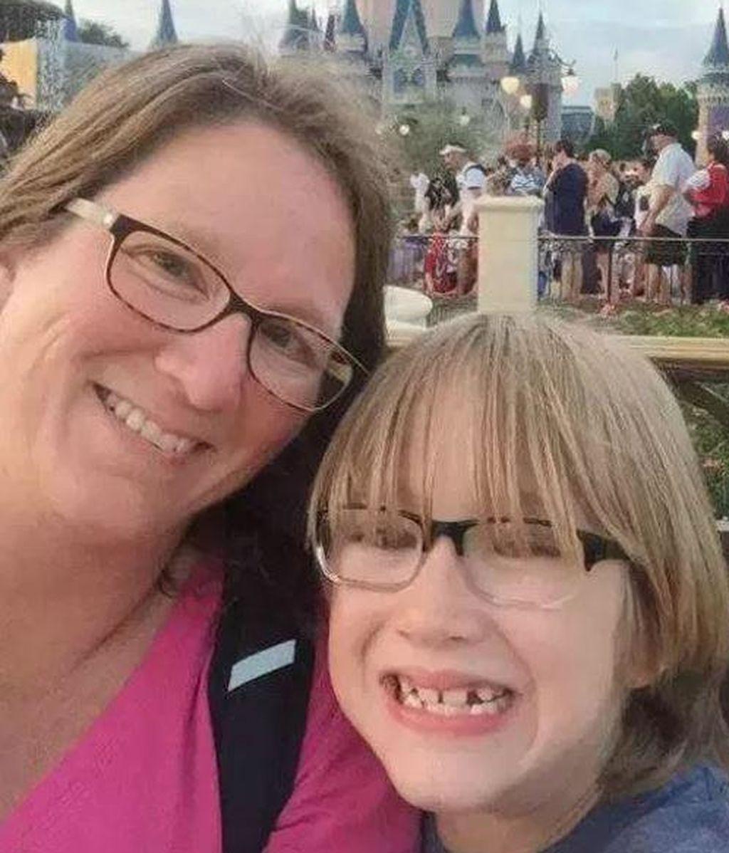 Juzgan a un niño con personalidad múltiple por matar a tiros a su hermano y a su madre