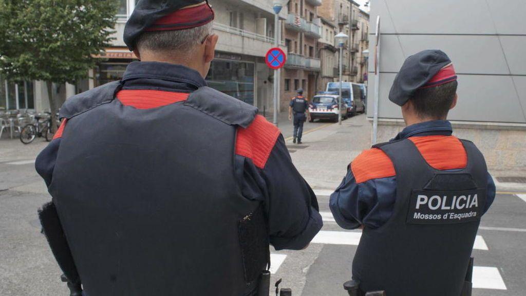 Encuentran el cadáver de una mujer en un vehículo en Tarragona