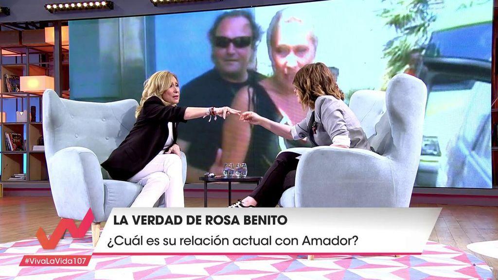 ¡Fin de la polémica! Rosa Benito calla bocas y muestra sus alianzas de boda: ¡Nunca  los llegó a quemar!