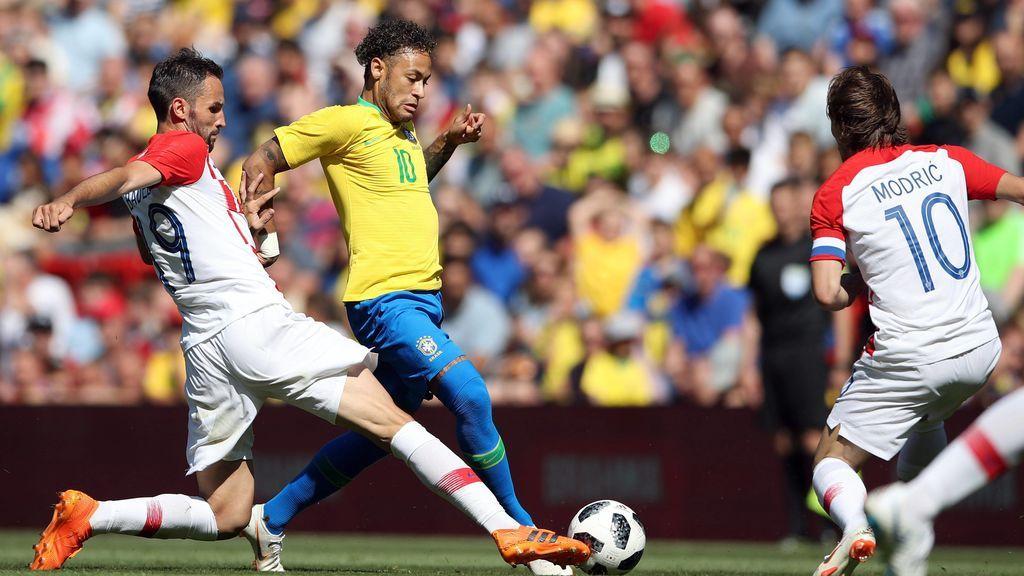 Neymar le pidió una camiseta firmada a Modric en su vuelta a los terrenos de juego